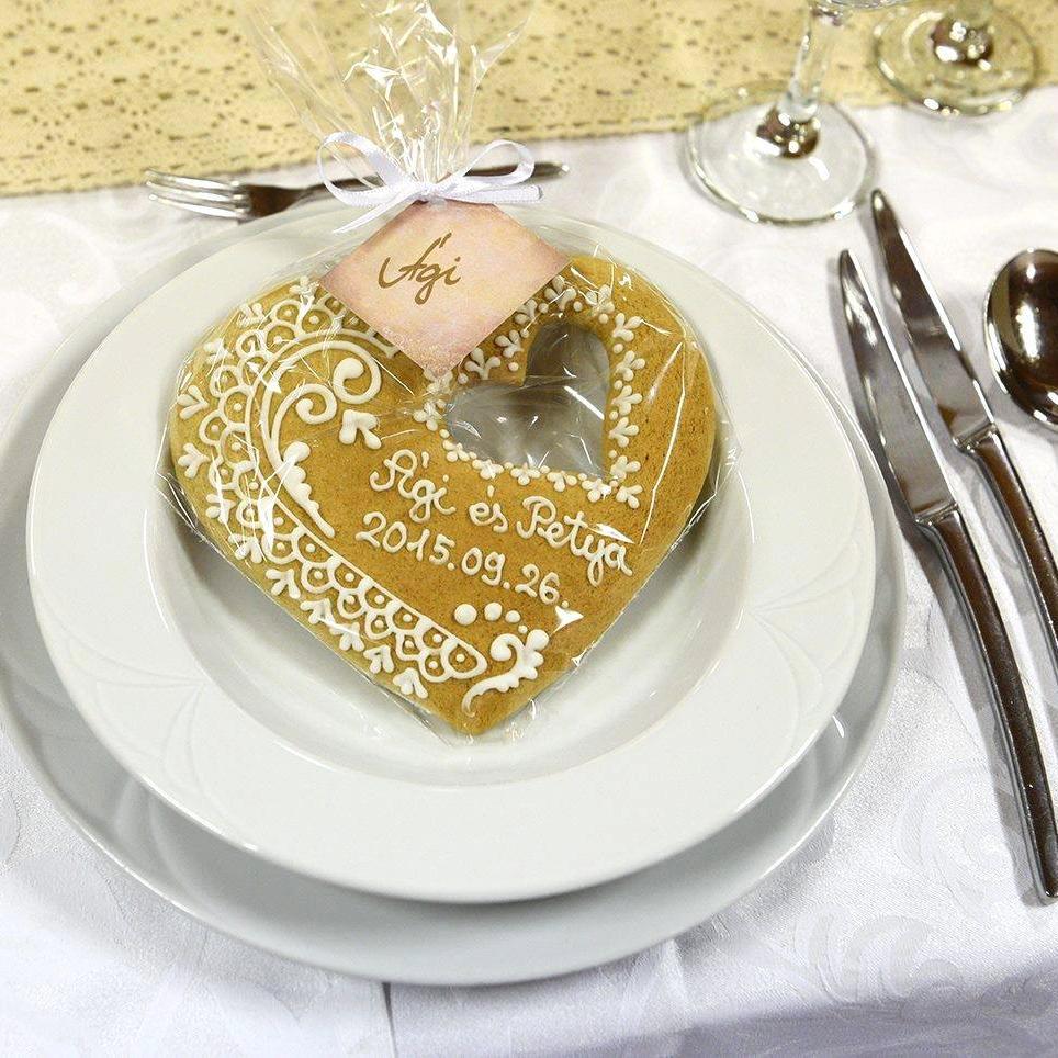 Mézeskalács esküvői ajánlatok