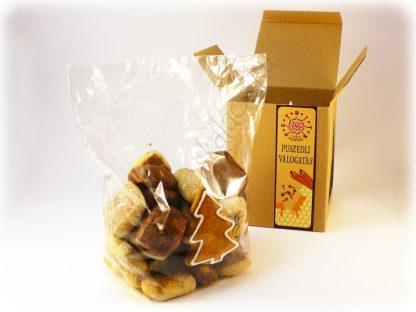 Karácsonyi karton díszdobozos puszedli válogatás mézeskalács fenyővel