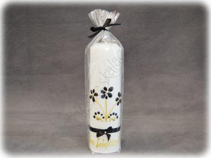 Hófehér gyertya fekete és arany díszítéssel, fekete szalaggal